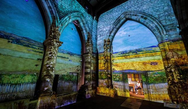 360° projections at the Immersive Experience (Visityork.org)